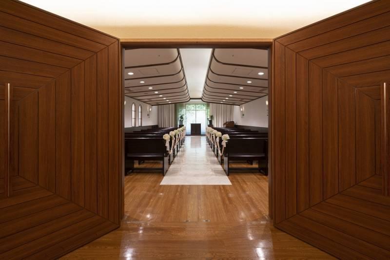 入口から見たチャペル内部